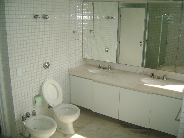 WC Suites